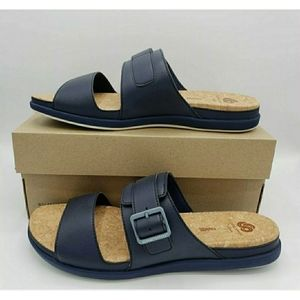 CLOUDSTEPPERS by Clarks Sandals